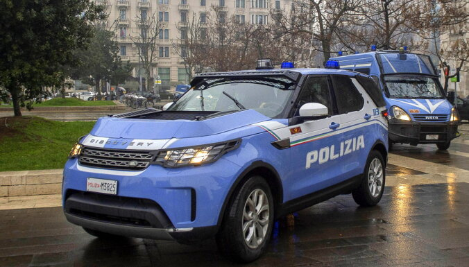 Itālijā virsnieku aiztur par spiegošanu Krievijas labā; izraida divus krievu diplomātus