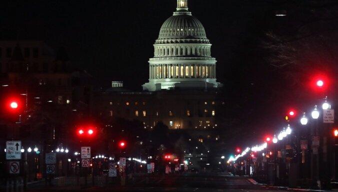 FIB izmeklē iespējamu ārvalstu iesaisti nekārtībās Kapitolijā, uzmanību piesaista izmaksas bitkoinos