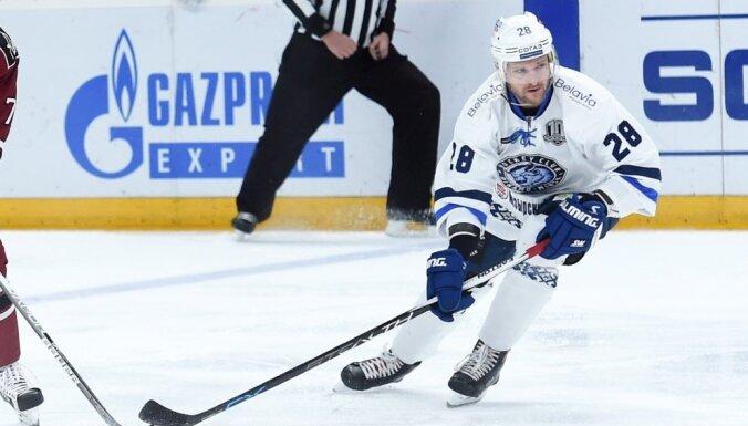 Minskas 'Dinamo' pēc spēles Rīgā atteikumu draftā ievieto divus hokejistus