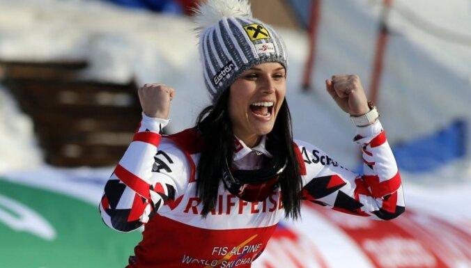 Par karjeras beigām 30 gadu vecumā paziņo olimpiskā čempione kalnu slēpošanā Feita