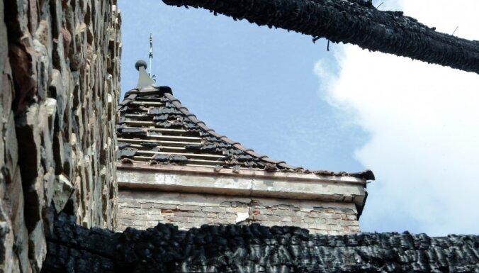 VNĪ: ливни не причинят вреда Рижскому замку
