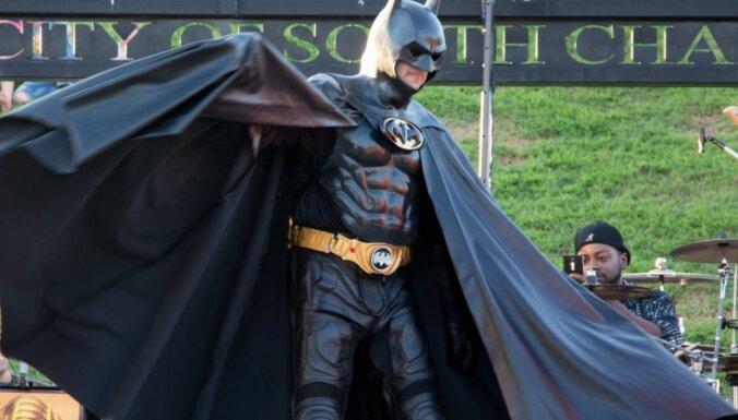 Autoavārijā ASV gājis bojā vietējais varonis 'Betmens'