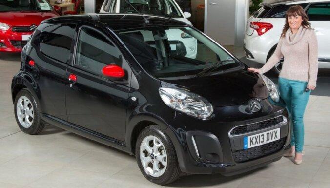 'Citroen' pirmais piedāvā auto aprīkot ar 'melno kasti'