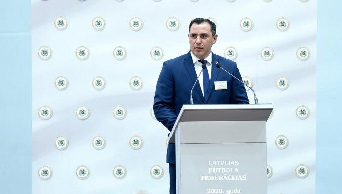 Saeimas sporta apakškomisijas vadītājs: futbola sabiedrībai jābeidz plēsties un jāsāk strādāt