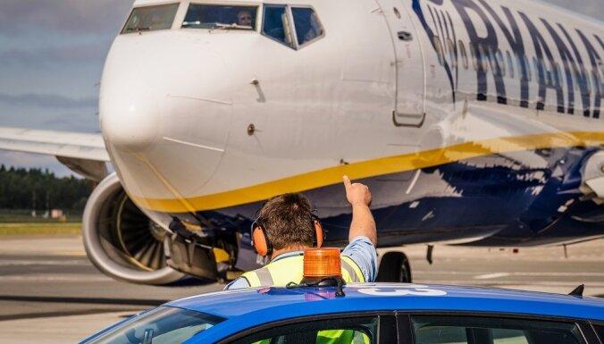 'Ryanair' atsāk lidojumus no lidostas 'Rīga'