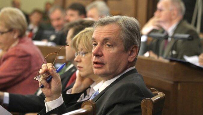 Шадурскис наконец приступит к работе в Европарламенте