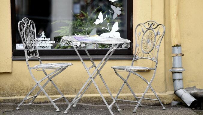 Власти отвечают Delfi: парикмахеры, секонд-хэнды, торговля на улицах и внутри, террасы ресторанов и кафе