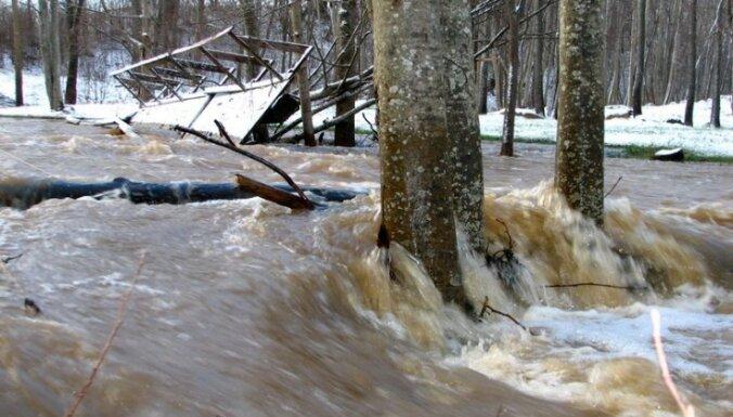 'Gadsimta plūdi' Dundagā