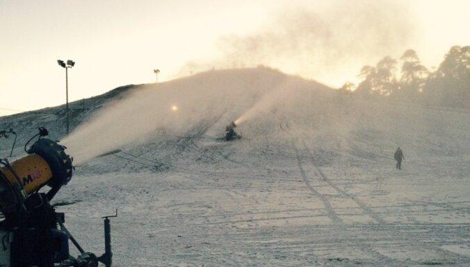 Latvijas slēpošanas trasēm sezona bijusi laba, taču neilga