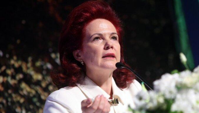 """Председателем правления """"Единства"""" вновь избрана Солвита Аболтиня"""