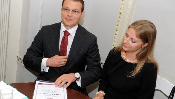 VL-TB/LNNK vēlētāji visvairāk plusu ievilkuši Raivim Dzintaram