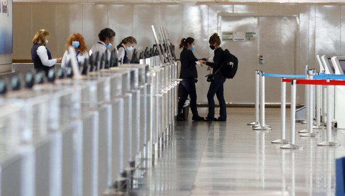 'Elite jau sen zināja': Denveras lidostas konspirācijas teorija sasniedz arī Latviju