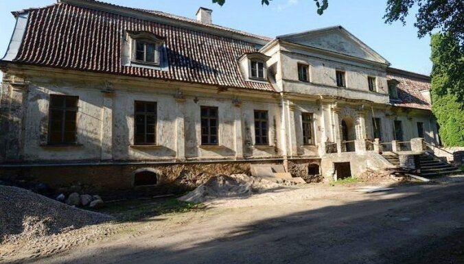 Ceļojums laikā: Kurzemes arhitektūras pērle Kabiles muiža, kas vērusi durvis apmeklētājiem
