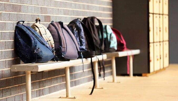 Советы, как правильно почистить рюкзак и не испортить его