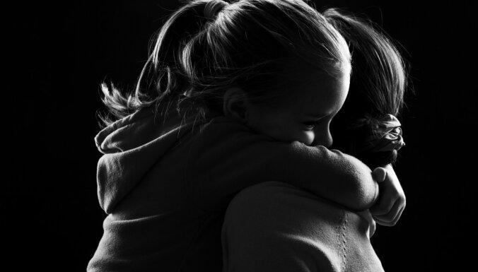 Trīs simptomi, kas varētu liecināt par reto slimību – Hantera sindromu