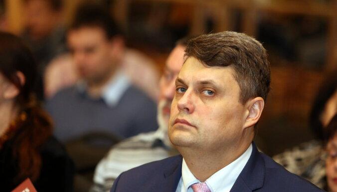 KNAB запретил Крапсу занимать должность мэра Екабпилса