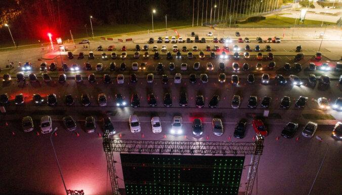 Sestdien Ķīpsalā darbu sāks brīvdabas auto kino
