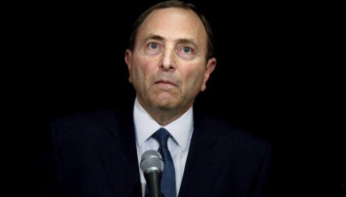 NHL komisārs pauž bažas par sezonas atlikušo spēļu aizvadīšanu