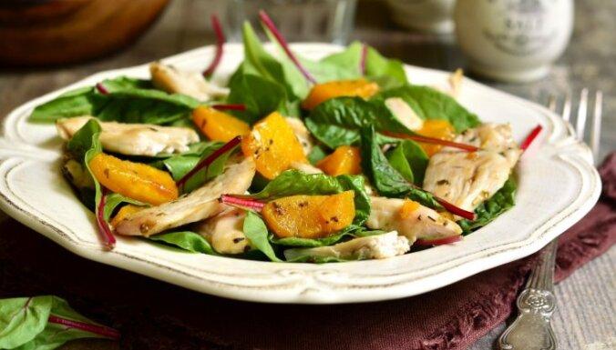 Karstie salāti kā pamatēdiens – 17 receptes izsalkušajiem