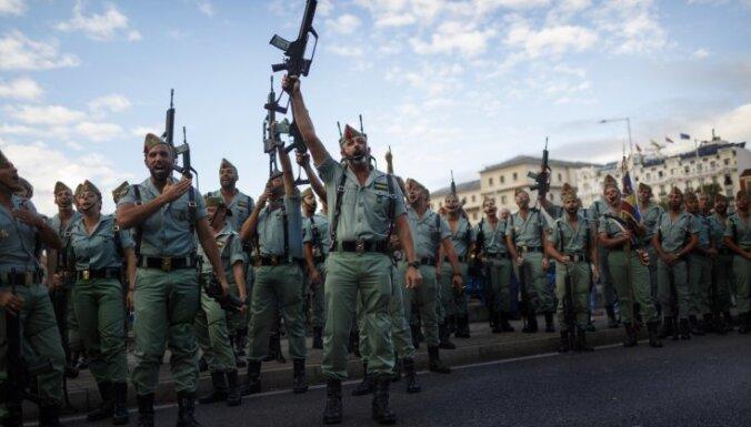 """СМИ: Испанские войска разворачиваются в Адажи, приказ — """"избегать провокаций"""""""