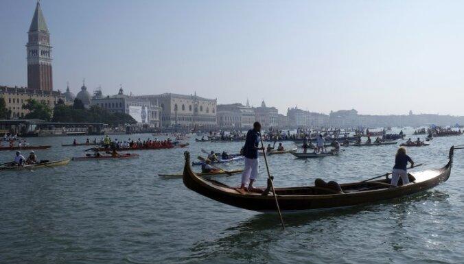 Первая женщина-гондольер в Венеции сменила пол на мужской