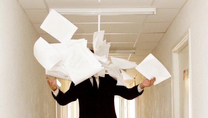 Ministru biroju darbinieku algām atceļ 60% ministra algas ierobežojumu