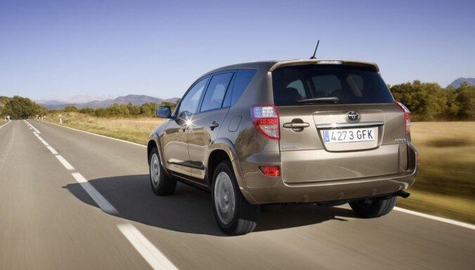 'Toyota' iekļūst starp TOP3 zagtāko automašīnu markām