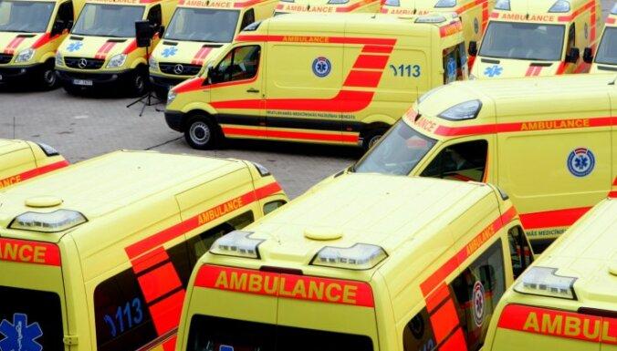 Valdība plāno atbalstīt ātrās palīdzības auto iegādi, neizmantojot ārpakalpojumu