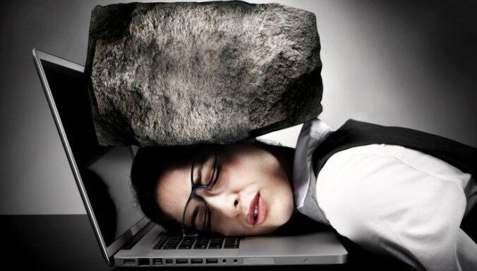 Приступ головной боли: причины, особые признаки и полезные советы