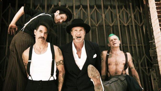 Lucavsalu piedārdinās 'Red Hot Chili Peppers' brīvdabas šovs