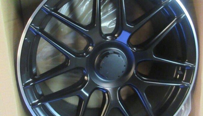 ФОТО. Таможня изъяла контрафактные автомобильные диски AMG и BRABUS почти на 2,4 млн евро