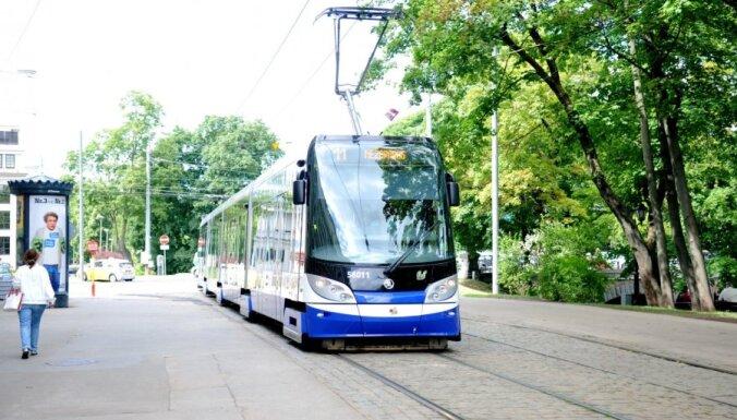 Būs izmaiņas atsevišķos Rīgas sabiedriskā transporta kustības sarakstos