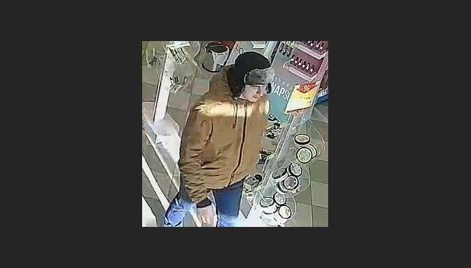 Полиция разыскивает подозреваемого в преступлении