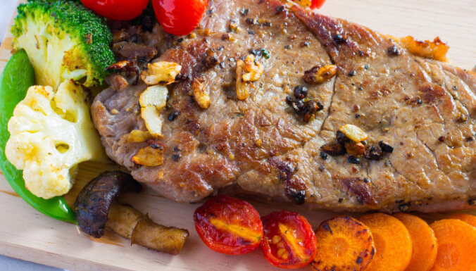 Pildīts liellopa gaļas cepetis