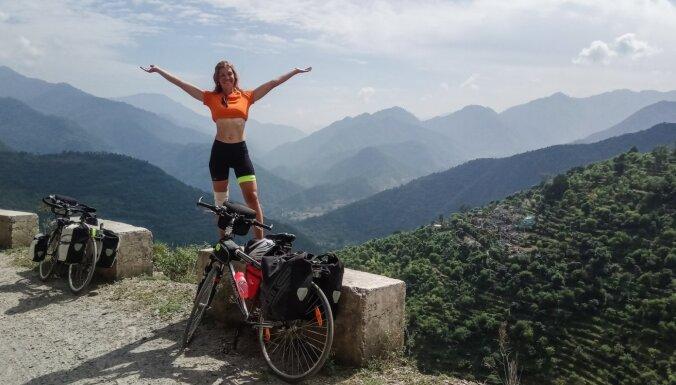 Pasaules apceļošana ar velosipēdu: latviešu piedzīvojumi un praktiski padomi