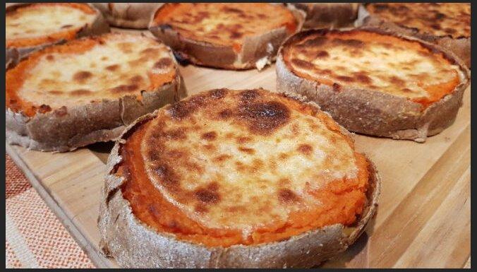 No 'sūrkak' līdz 'kalārok': ēdieni no lībiešu saimnieces recepšu klades