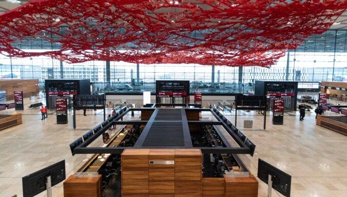 Jaunā Berlīnes Brandenburgas lidosta slēgs vienu termināli