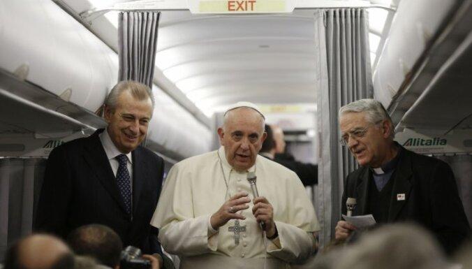 Папа Римский: если Коран — книга мира, мусульмане должны об этом заявить