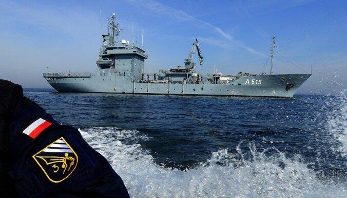 Baltijas jūrā piektdien sāksies NATO jūrasspēku mācības 'Baltops 2015'