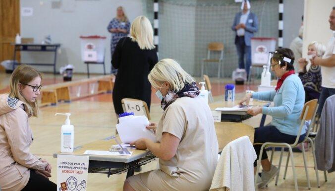 Infografika: Rīgas domes ārkārtas vēlēšanās nobalsojuši 40,6% vēlētāju