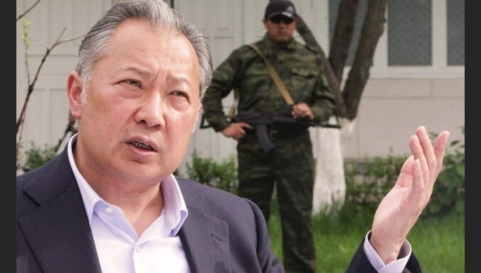 Брат президента Киргизии опроверг его отставку