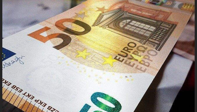 Kriminālvajāšanai nodod lietu par viltotu 50 eiro banknošu izplatīšanu