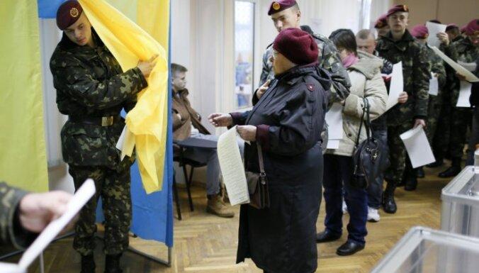 Ukrainas ārkārtas Augstākās radas vēlēšanas novēro 13 Latvijas pārstāvji