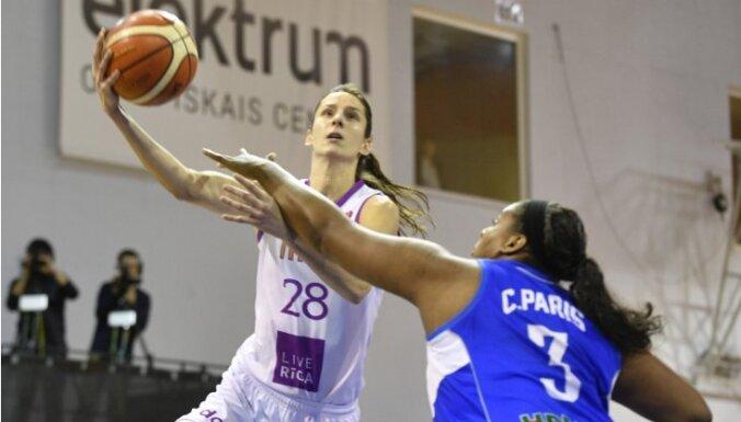 """'TTT Rīga' basketbolistes FIBA Eirolīgā ar 51 punkta pārsvaru sagrauj turku 'Hatay"""""""