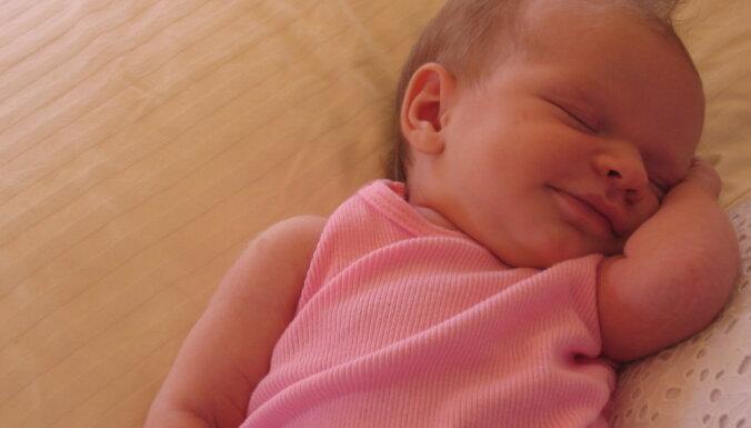 Pret rotavīrusu šogad vakcinēti gandrīz 80 procenti jaundzimušo