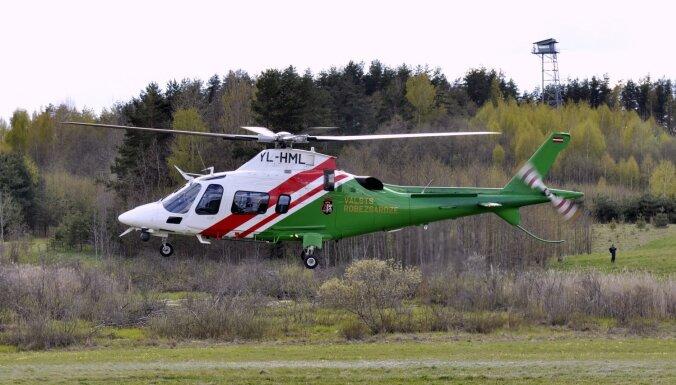 Пограничники с помощью вертолета помогли найти пропавшую пожилую женщину