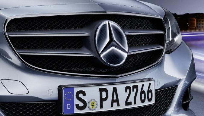 'Mercedes-Benz' atzīts par iekārojamāko 'premium' auto zīmolu pasaulē