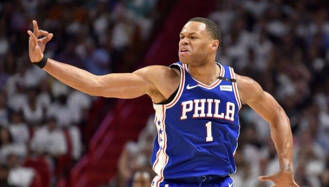 Bruklinas 'Nets' uzbrucēju trūkuma dēļ vienojas ar Andersonu