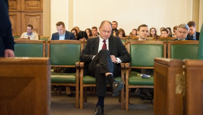 Jelgavas tiesa turpinās skatīt Liepiņa lietu par nepatiesām ziņām deklarācijā