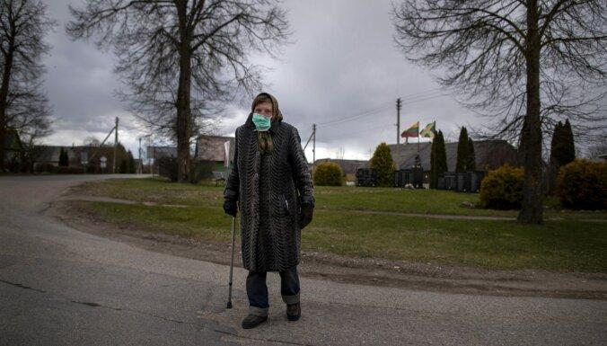 Две трети умерших в Латвии пациентов с Covid-19 были в возрасте по крайней мере 75 лет
